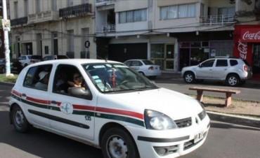 Remises Chaco-Corrientes subirán hoy su precio a $15