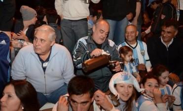 Colombi y Ríos se juntaron a ver el partido: no hablaron de política, pero matearon