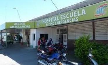 Dos prefectos en grave estado al derrapar la moto en que viajaban