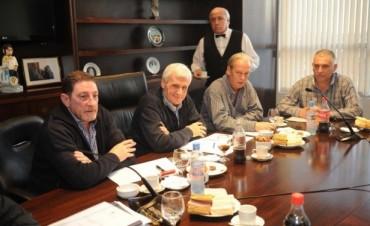 Centrales sindicales oficialistas insistirán por Ganancias