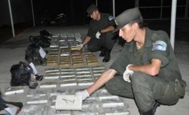 Avión debió arrojar 150 kilos de cocaína cerca de Tapebicuá