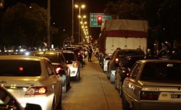 Otro choque en el puente paralizó el tránsito y generó muchos problemas