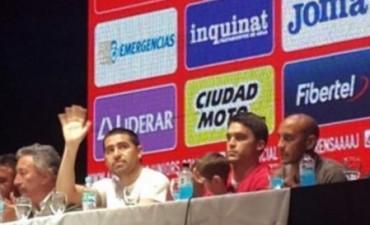 Riquelme fue presentado como nuevo jugador de Argentinos Juniors