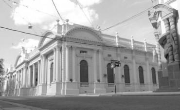 Vaz Torres va a Buenos Aires por obras y a la espera de la moratoria de deudas