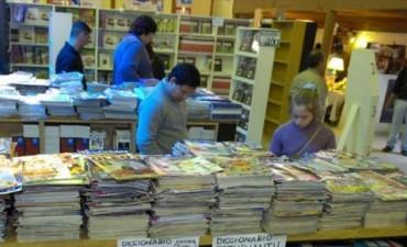 Feria Popular del Libro: la cultura guaraní como eje de la tercera jornada