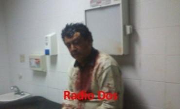 Un remisero fue asaltado y golpeado violentamente por una patota