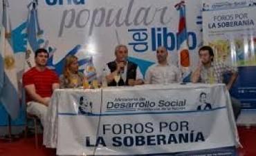 El Ministro de Desarrollo Social llevó a Corrientes el foro sobre Fondos Buitres