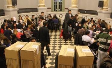 Ya escrutaron unas 1.500 urnas y el recuento terminaría hoy sin cambios