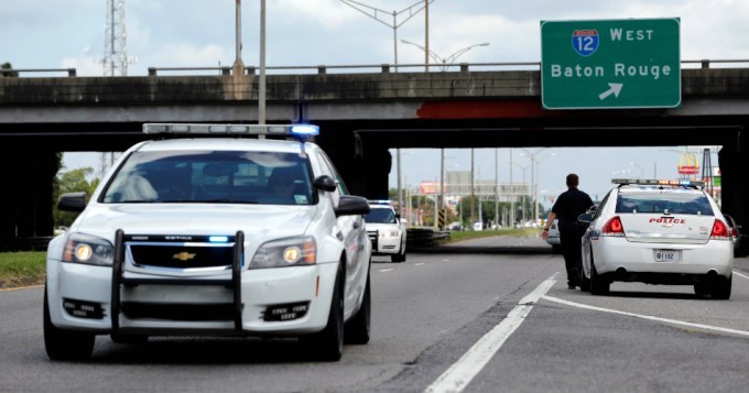 Tiroteo en Luisiana: Tres policías muertos