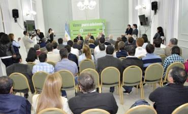 Millonarios acuerdos para desarrollar la producción, industria, cultura y turismo