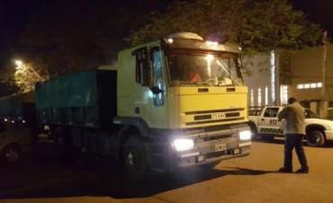 """Santo Tomé: mejoran los camioneros heridos, mientras buscan a los """"piratas"""""""