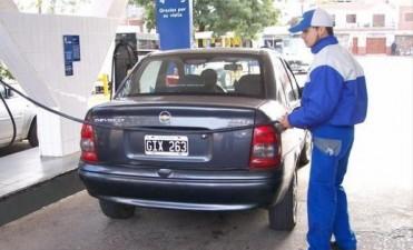 Combustibles: tras la fuerte suba en los precios, cayó la venta y esperan que no haya más ajuste