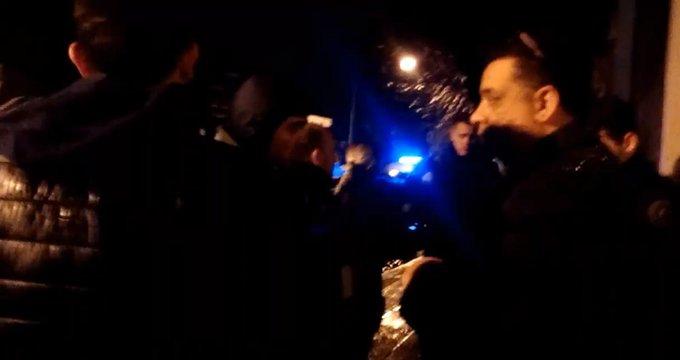 Denuncian violento ataque hacia los trabajadores de Tiempo Argentino para desalojarlos