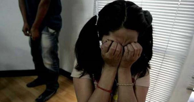 El ex violó a su hija con ayuda de la hermana