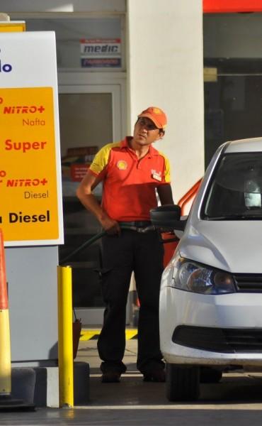 El combustible en los surtidores locales subiría entre un 5 y 7%