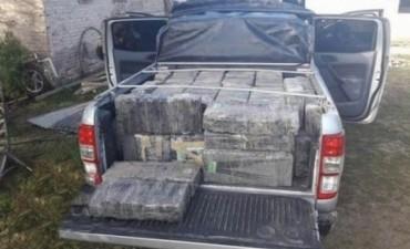 Con el secuestro de mil kilos de droga, cayó una banda narco regional