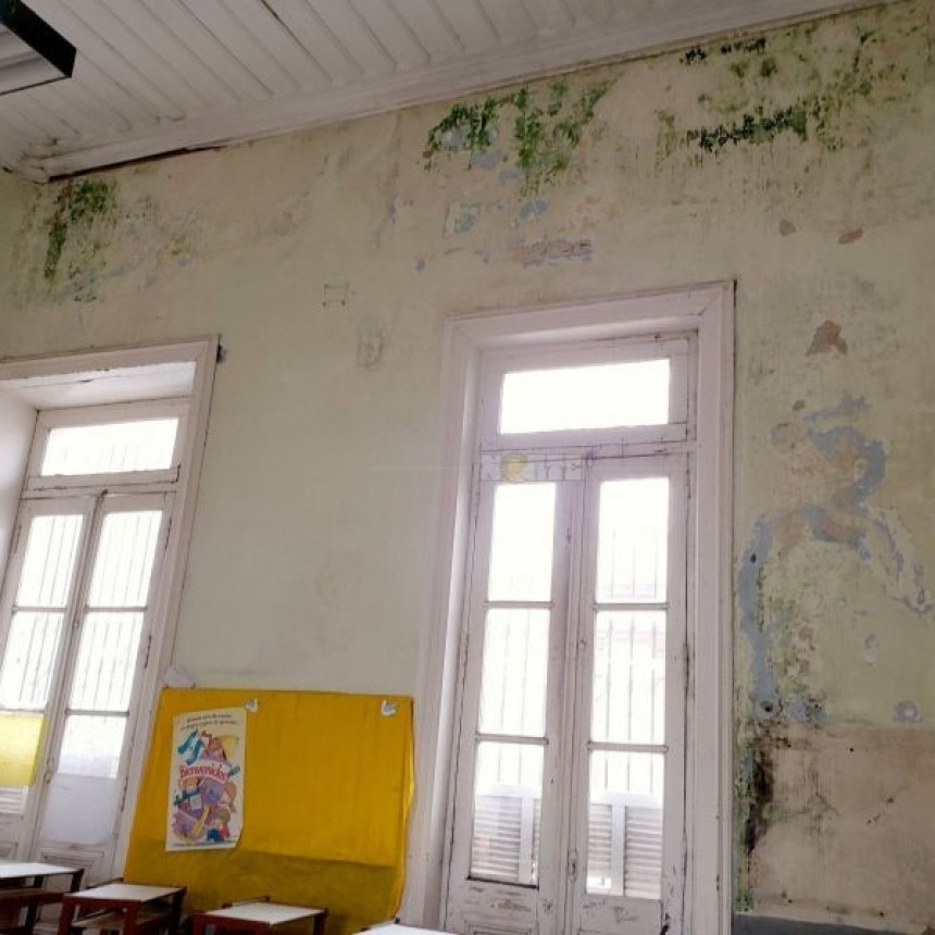 Escuela Sarmiento: docentes y padres juntan fondos para arreglar los baños