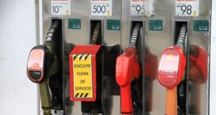 Estacioneros aseguran que se normalizará la venta de nafta