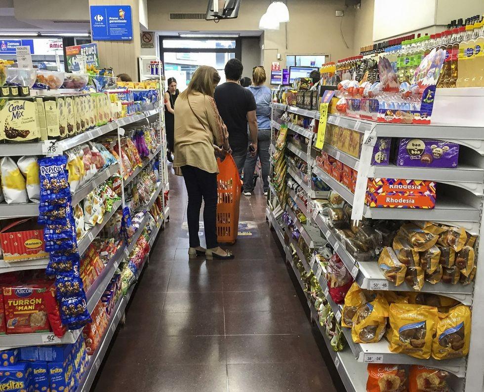 Supermercados: las ventas cayeron 13,5% en mayo