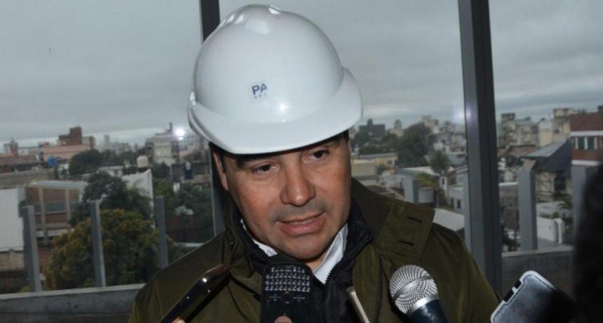 Valdés ratificó una fuerte inversión en obras y para modernizar el Estado