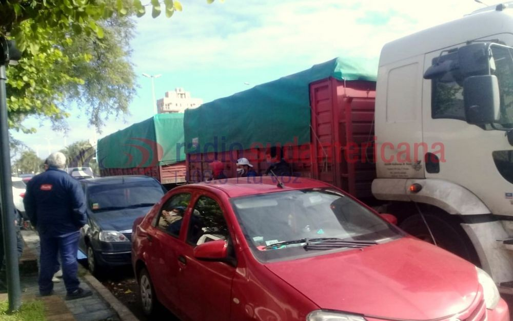 Changarines de Chaco viajaban escondidos en acoplado de un camión