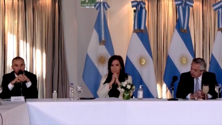 """El gobierno confirmó que mejorará la oferta a los bonistas: """"es el máximo esfuerzo que podemos hacer"""", dijo Alberto Fernández"""