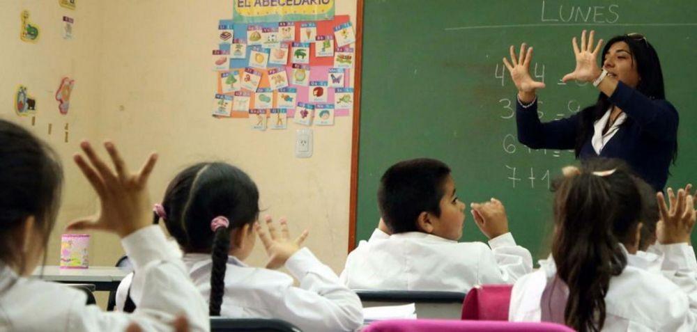 Corrientes: Abren la inscripción para cubrir cargos docentes