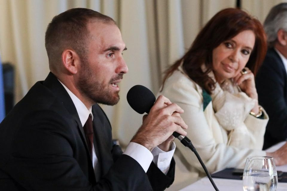 Cristina Kirchner compartió una explicación de Guzmán sobre la deuda: