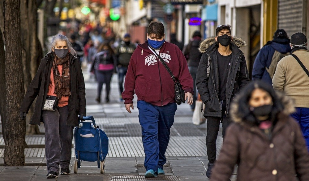 Nuevo récord de contagios: confirmaron 5.782 casos y 98 muertes