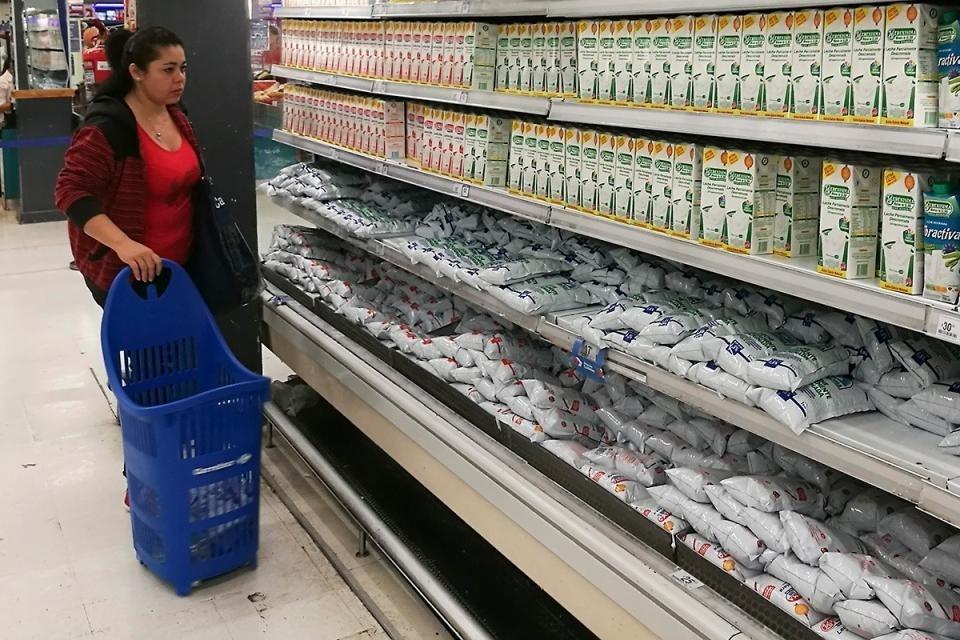 Baja el IVA a la leche y lo presentan como una suba