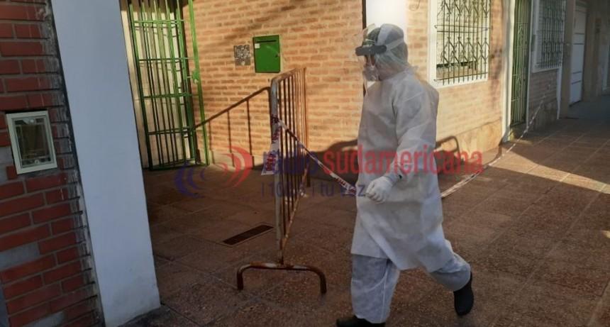 Se realizaron 28 hisopados en el edificio aislado por calle Roca