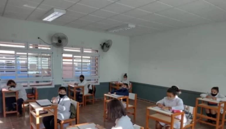 Escuelas requieren mayor cantidad de insumos para ampliar la presencialidad