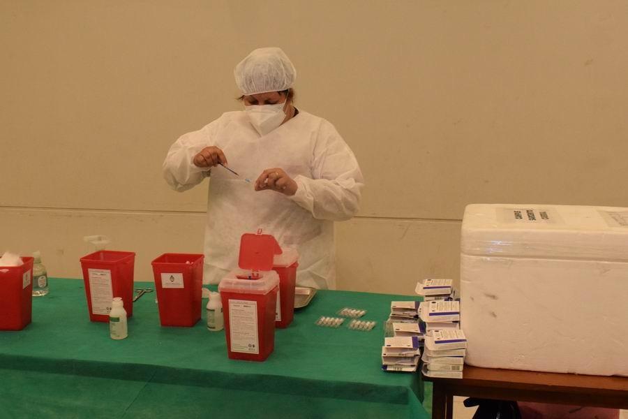 La Provincia recibirá 21.840 vacunas Moderna para adolescentes y definió las prioridades