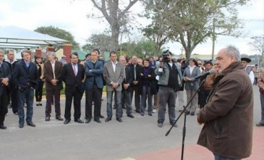 Lomas de Vallejos: Colombi inauguró obras y anunció la construcción de viviendas