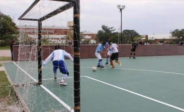 Se inauguró la primera cancha adaptada para futbolistas ciegos de la provincia