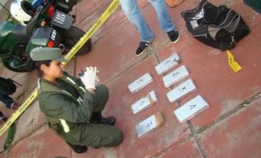 Detuvieron a un hombre que transportaba más de 6 kilos de marihuana en colectivo Chaco-Corrientes