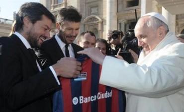San Lorenzo viajará a Roma a visitar al Papa y regalarle la Copa