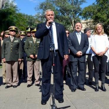 """Ríos: """"Muchos que predican el pensamiento del General, deberían aprenderlo mejor"""""""