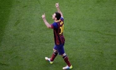 Messi reaparece tras el Mundial en un amistoso del Barcelona