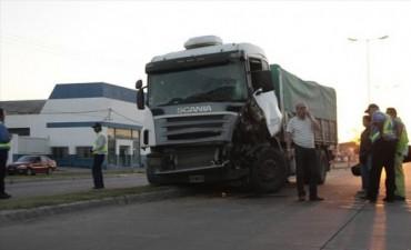 Demoraron a dos camioneros que alcoholizados corrían una carrera