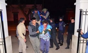 Tras tirotearse con la Policía atrapan a peligroso sujeto en zona rural de Mercedes