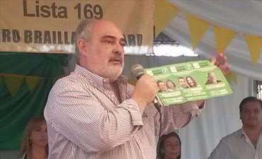 """Colombi acusó a Camau de robarle el discurso y """"de agachar la cabeza ante Nación"""""""