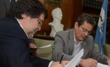 Dpec firmó convenio para el desarrollo de las comunicaciones