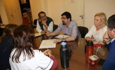 Médicos se reunieron con legisladores para difundir sus reclamos