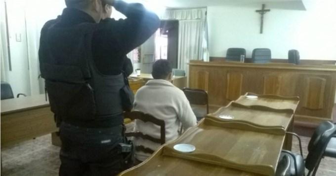 Condenan 16 años de prisión a abusador de su propia hija