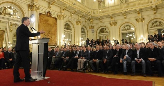 El gobierno anunció medidas de salud para 15 millones de personas