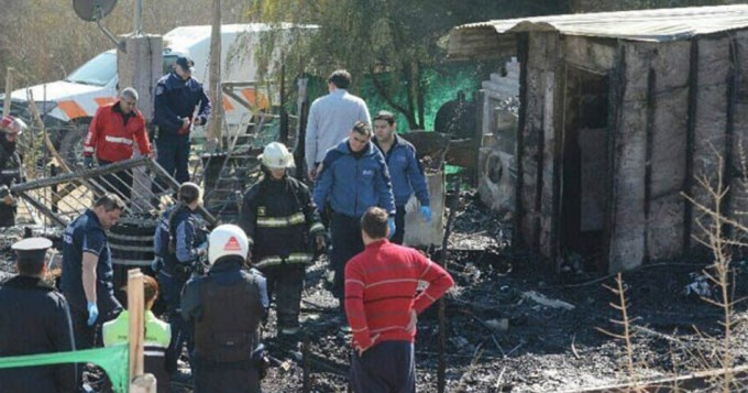 Incendio trágico: mueren una mujer y tres chicos