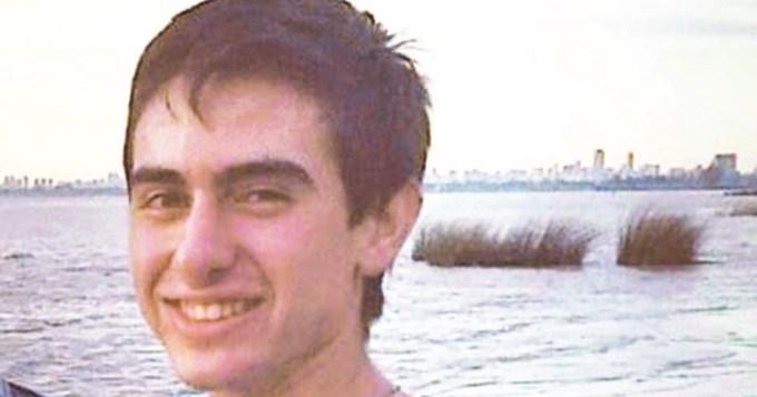 Le mataron a un hijo y exige que se haga justicia