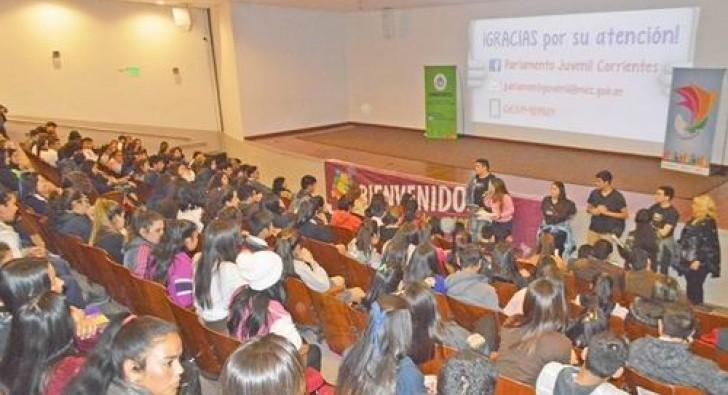 El Parlamento Juvenil del Mercosur sesionó en Libres