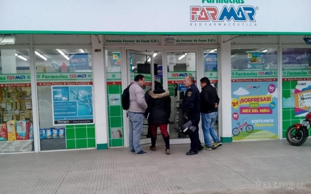 Robaron 200 mil pesos de una farmacia
